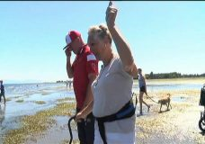 Disabled Parksville woman walks beach for first time in years
