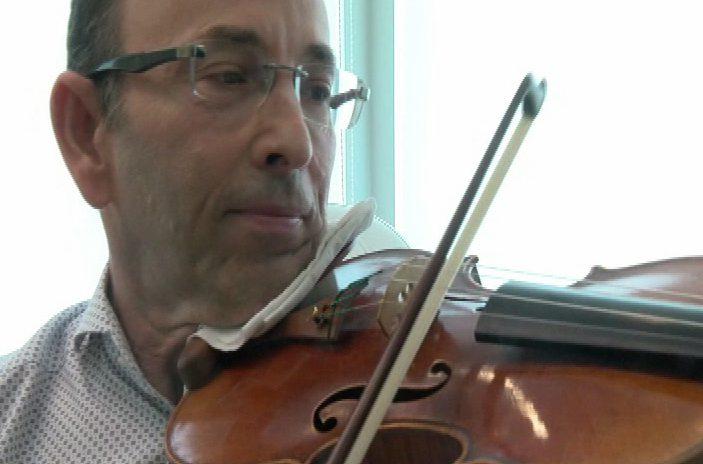Medicine, math and music leads Victoria dermatologist to Carnegie Hall