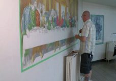Former Victoria soup kitchen client gives back by painting impressive mural