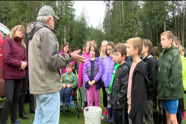 Bear Mountain salmon release aims to educate future generation