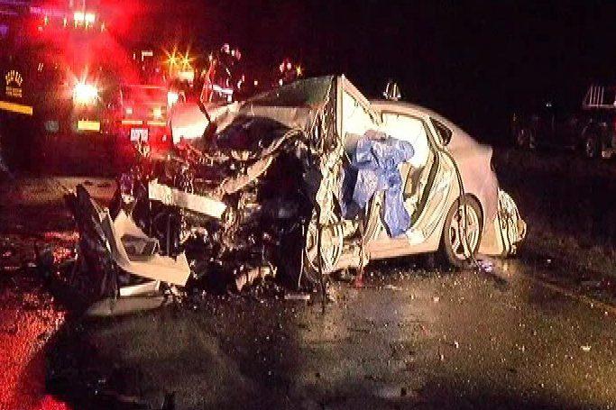Highway 19 crash near Fanny Bay kills two