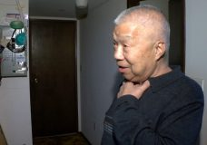 'He grabbed my neck:' 80-year-old Victoria man recounts terrifying home invasion