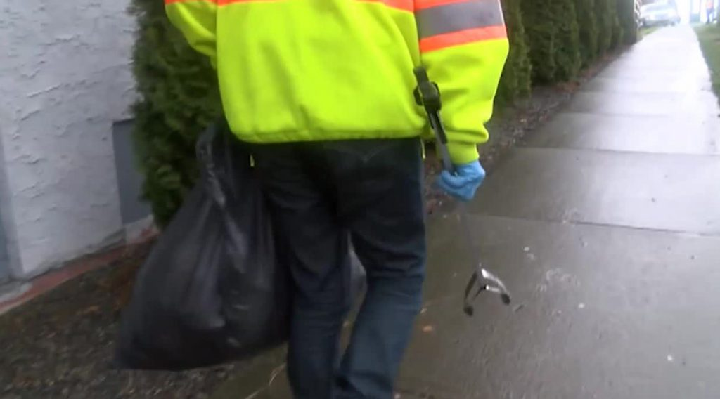 Nanaimo pilot program puts homeless people to work cleaning up used needles
