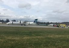 A WestJet flight was evacuated at the Nanaimo Airport on March 20. Credit: Darren MacDonald/Twitter