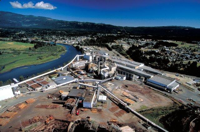 Catalyst Paper Port Alberni mill. Photo courtesy Catalyst Paper.