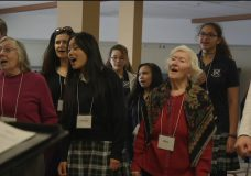 Intergenerational choir in Victoria hopes to end stigma around dementia