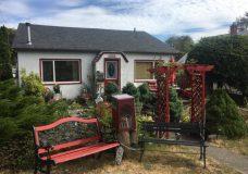 Community reading bench stolen from Oaklands neighbourhood is found