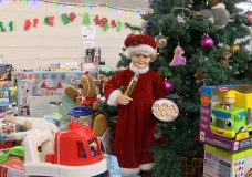 Thief steals 10 bags of donated children's toys from Salvation Army in Victoria