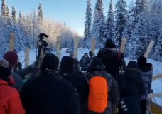 Wet'suwet'en strike tentative deal with RCMP to allow access to gas company workers