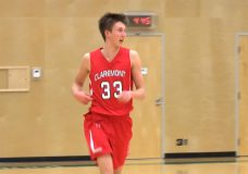 Claremont basketball big man commits to UVIC in Grade 11 year