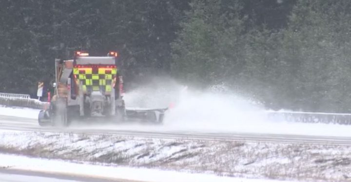 2-4 cm of snow expected on parts of Vancouver Island, Mainroad says