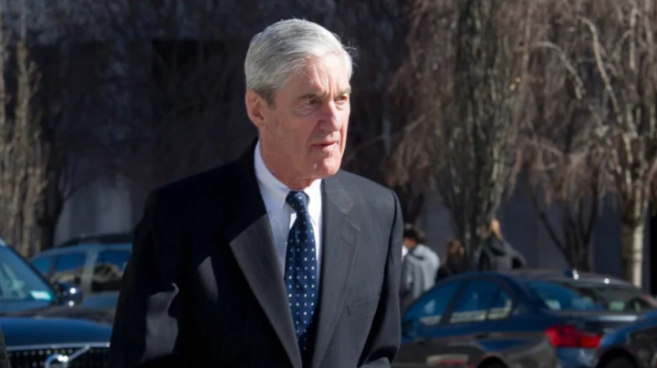 Special Counsel Robert Mueller walks to his car after attending services at St. John's Episcopal Church, across from the White House, on Sunday. (Photo: CBC: Cliff Owen/Associated Press)