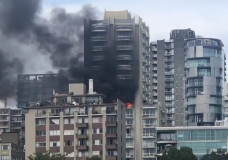 flames and smoke pouring from the building in Vancouver's West End (Photo: Rhonda Sherwood)