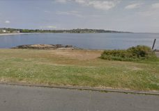 Residents asked not to enter water near Clover Point due to wastewater discharge