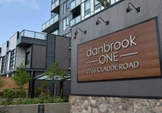 Concerns raised over Langford apartment building's structural design