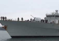 HMCS Ottawa returns to Esquimalt after lengthy deployment