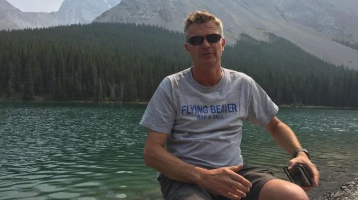 Alex Bahlsen pictured in Alberta's Kananaskis Country. Alex Bahlsen's friends say he was the pilot of the small plane that crashed on Gabriola Island on Dec. 10. (Tim Dwyer)