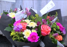 CHEK Upside: Victoria flower shop owner finds creative way to stay in business