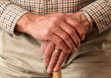 B.C. expanding 211 program to help seniors during COVID-19 pandemic