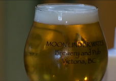 Moon Under Water brewery.