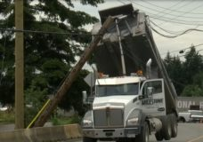 Dump truck strikes power lines in Nanaimo, second time in a month