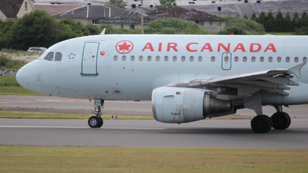 New COVID-19 exposure reported on flight from Toronto to Victoria