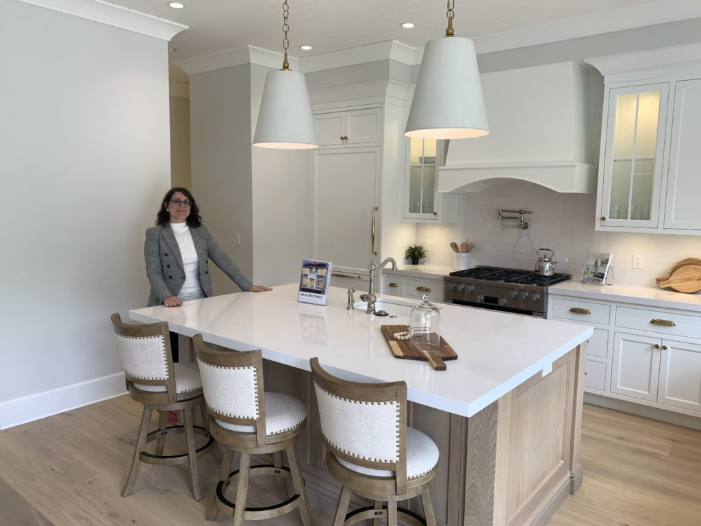 Spike in luxury home sales pushes average selling price in Greater Victoria to more than $1M