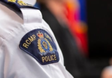 Campbell River resident arrested after chasing man with machete