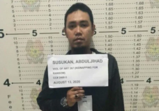 Top militant linked to beheadings of Canadian men surrenders in Philippines