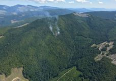 Lightning sparks new wildfires on Vancouver Island