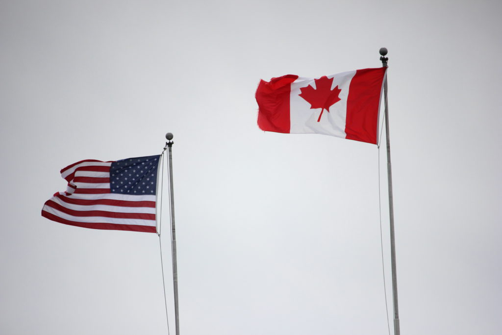 Canada-U.S. land border closure extended another month
