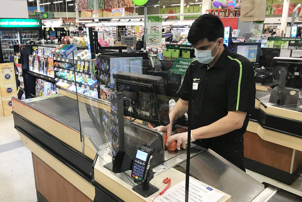 Union representing grocery workers calls on Dr. Bonnie Henry to mandate masks in stores