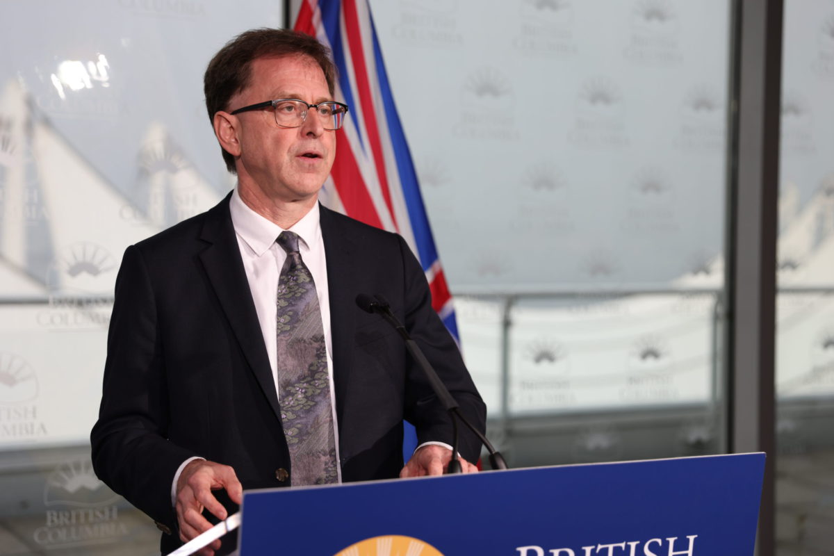 COVID-19: B.C. reports 1,120 new cases, including 9 in Island Health, over the weekend
