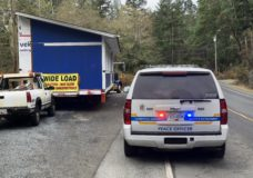 Over 1,000 residents without power after vehicle crashes into powerlines in East Sooke