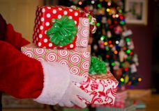 B.C.'s top doctor reassures kids that Santa won't be grounded by COVID-19