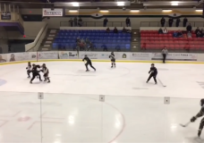 Minor hockey games on Vancouver Island cancelled for two weeks