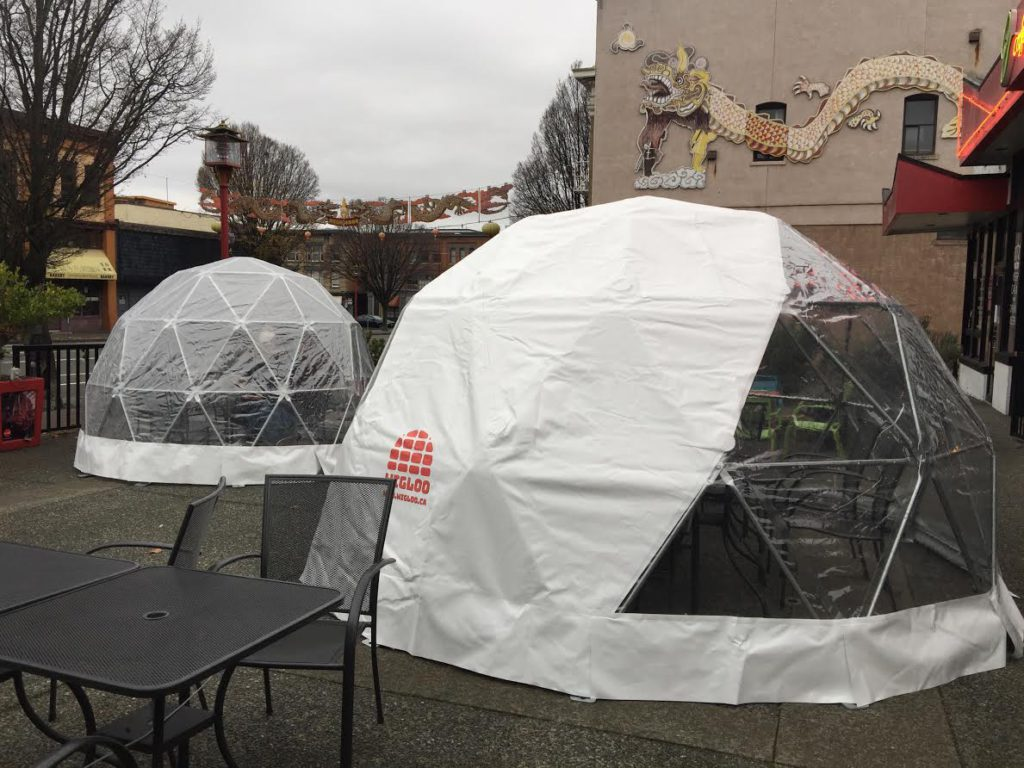 Victoria cafe installs dining domes on outdoor patio
