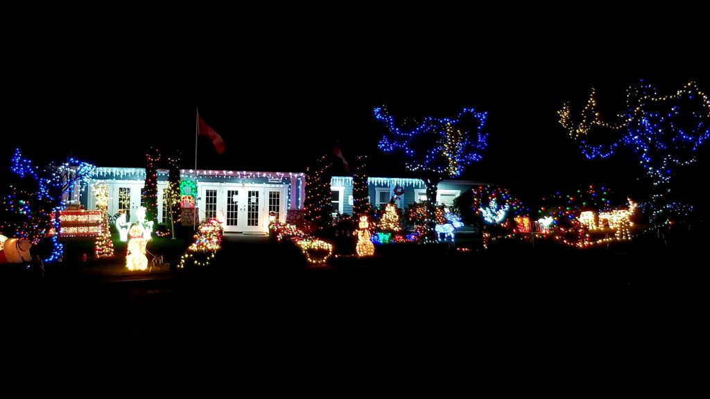 CHEK Light Up, Sue and Neal from Deerwood Nanaimo