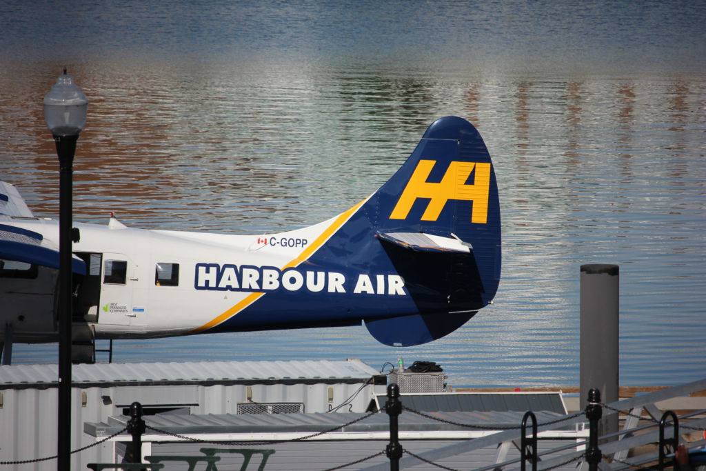 COVID-19 exposure warnings issued for multiple Vancouver Island flights