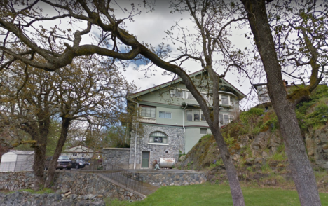 COVID-19 outbreak declared over at Hart House long-term care home in Victoria