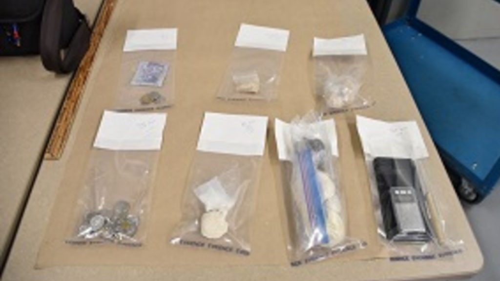 Nanaimo RCMP find drugs, supplies, nearly $21K in cash during arrest