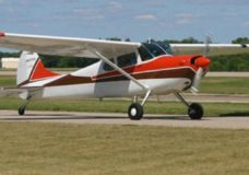 Search continues for missing plane south of Victoria as 'Good Samaritans' join rescue efforts
