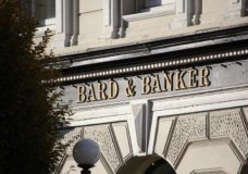 Island Health warns of possible COVID-19 exposure at Bard and Banker