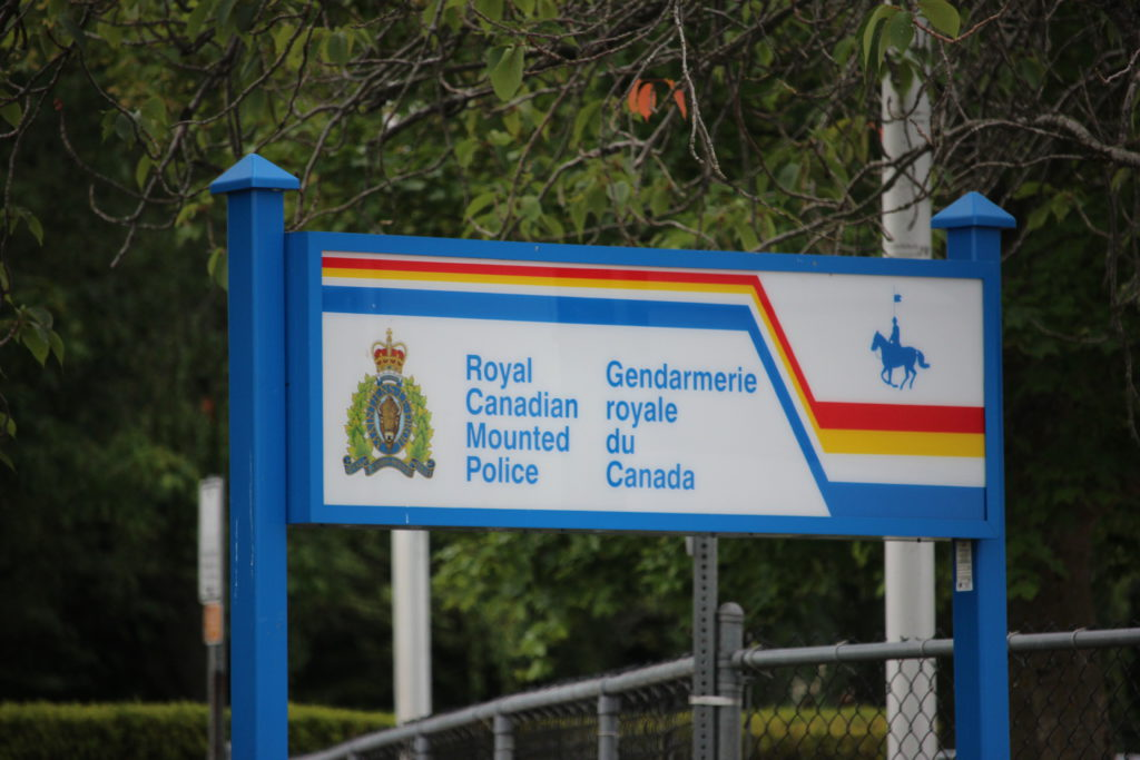 Suspected fraudsters arrested in Qualicum Beach
