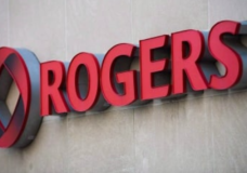 Rogers wireless service outage impacts Vancouver Islanders