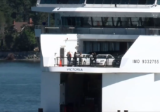 Belligerent anti-masker who caused ferry to turn around fined over $400, banned from BC Ferries