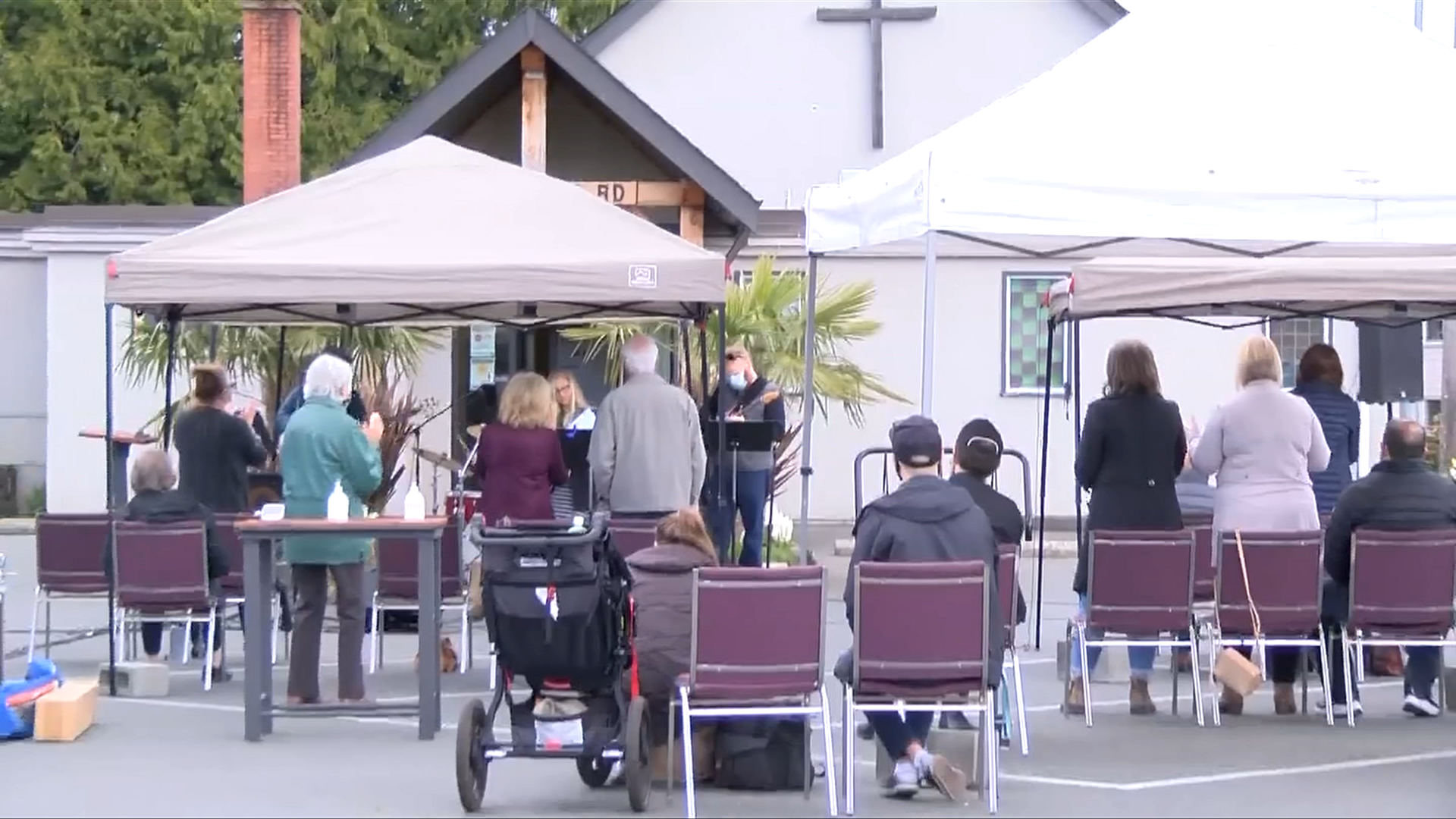 Greater Victoria churches hold Easter services outside due to COVID-19 restrictions