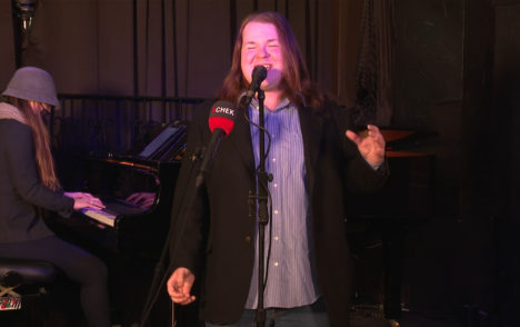 CHEK Upside: Sunday Showcase features performance from young Victoria jazz singer