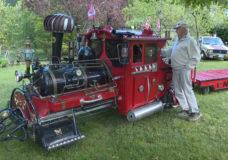 CHEK Upside: Cobble Hill retiree turns lawnmower into locomotive
