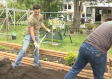 CHEK Upside: Duncan duo finds joy in doing other people's chores
